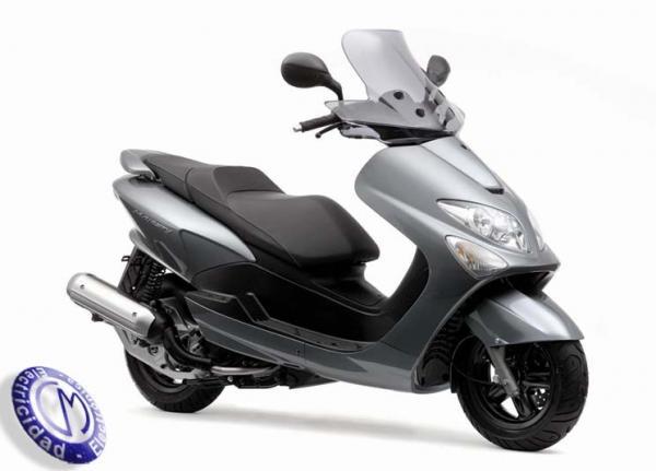 MOTOCICLETA YAMAHA modelo 125,MAJESTY