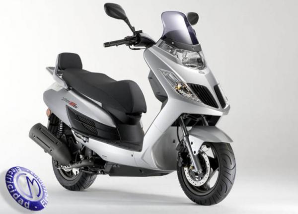 MOTOCICLETA KYMCO modelo 125,YAGER-GT