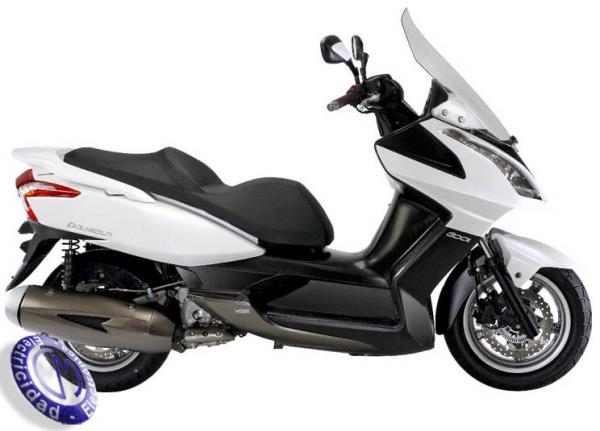 MOTOCICLETA KYMCO modelo 300,DOWNTOWN
