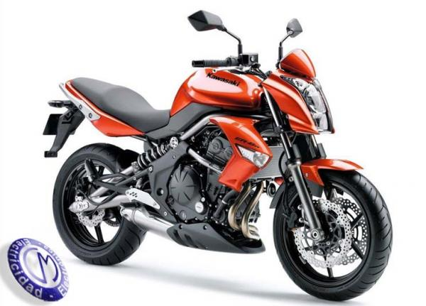 MOTOCICLETA KAWASAKI modelo ER6N,(650CC)
